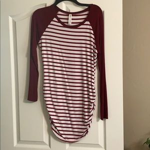 Maroon striped fitted tunic.